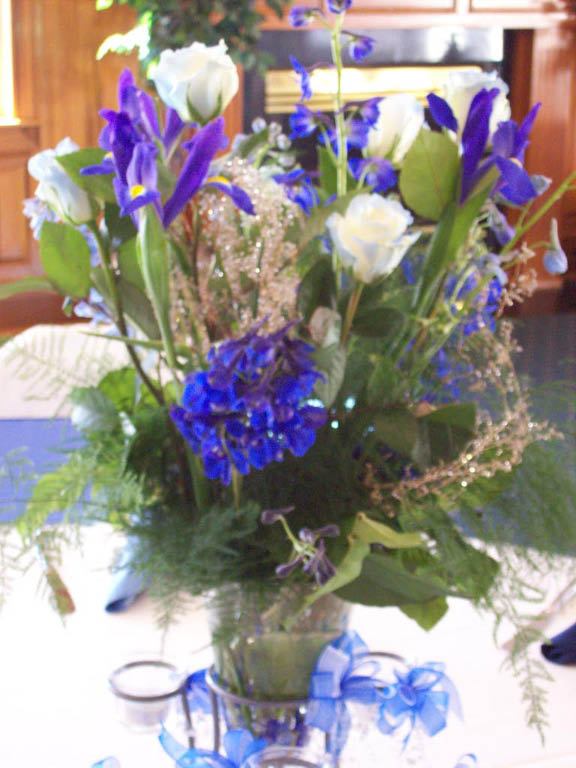 TABLE ARRANGEMENT PIECE BLUE/SILVER