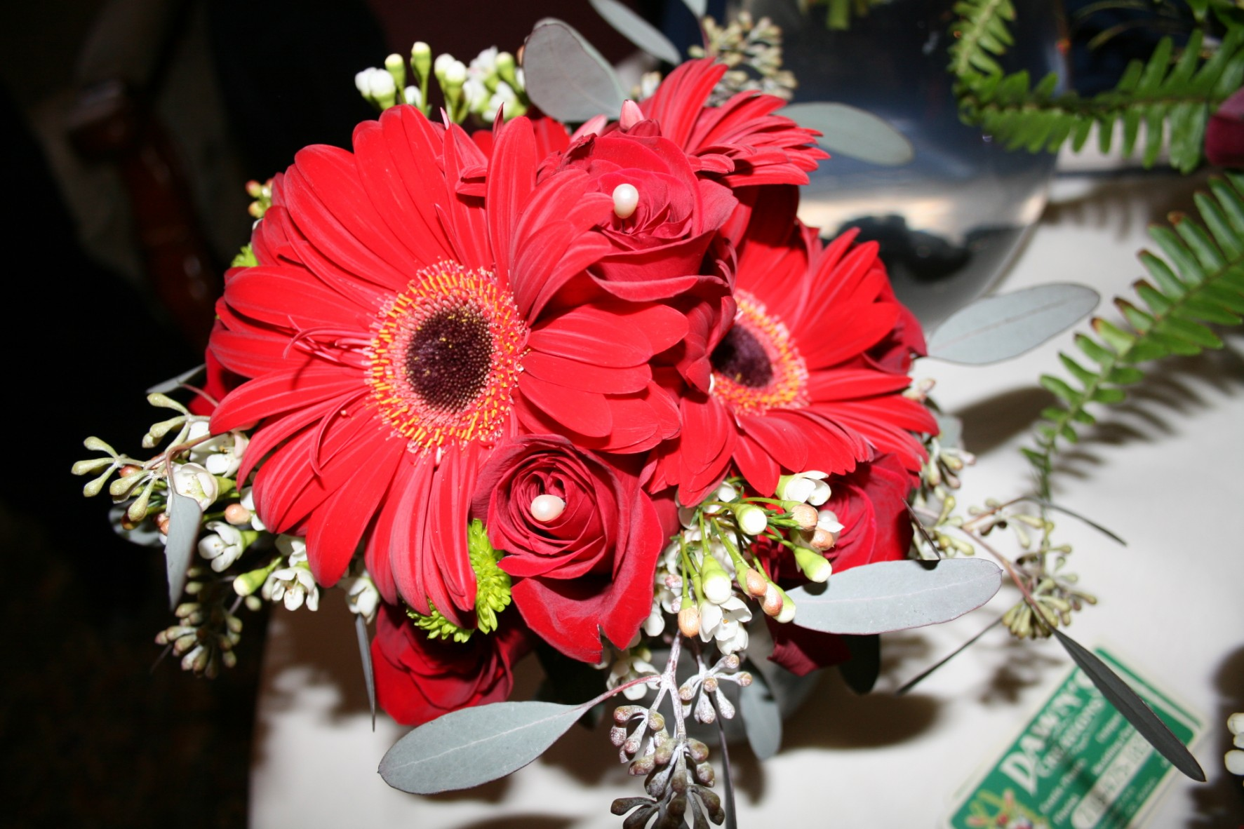 RED GERBRA DAISY & ROSE BOUQUET