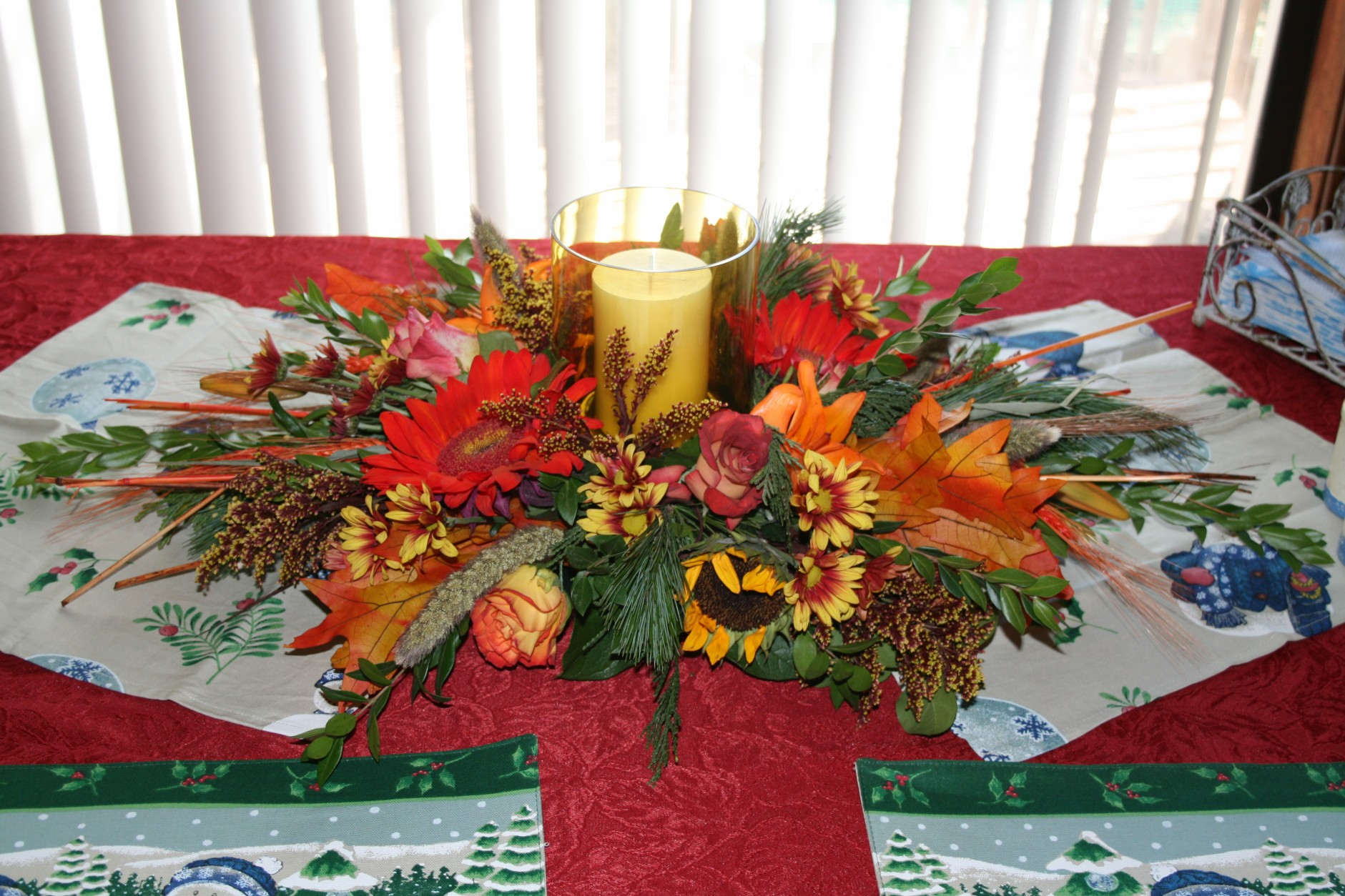 1651 FALL CANDLE  ARRANGEMENT