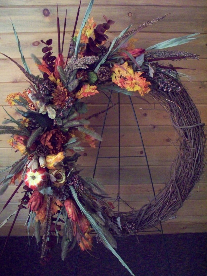 905 FALL DRYED & PUMPKIN WREATH