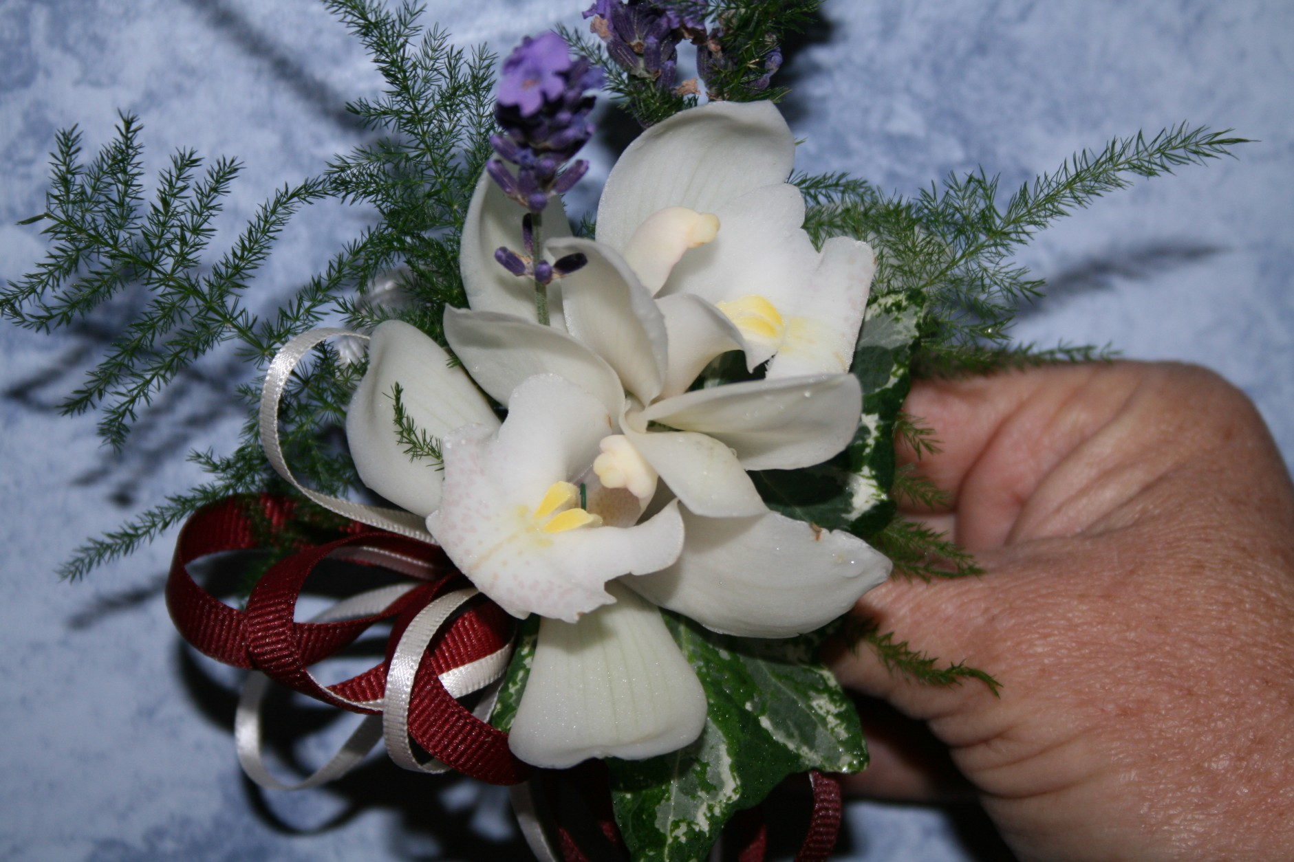 814 CORSAGE ORCHID
