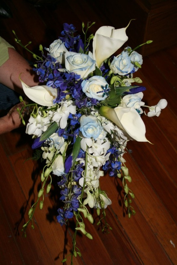 BOUQUET CASCADING