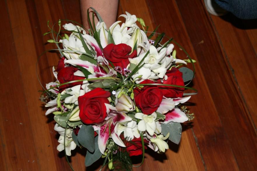 763 BRIDES BOUQUET STARGAIZER