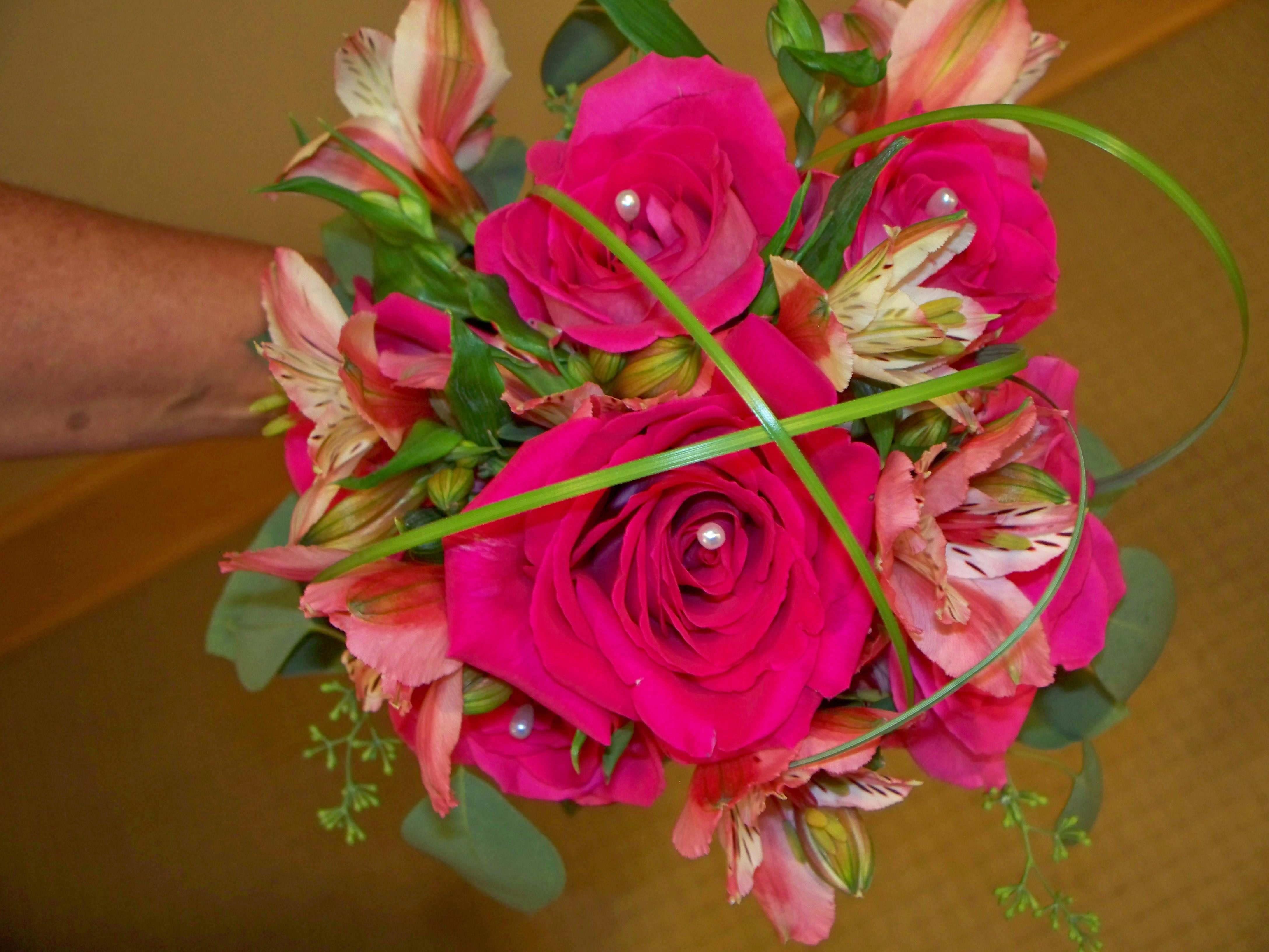 1118 BRIDESMAID BOUQUET PINK ROSES & ALSTROMERIA
