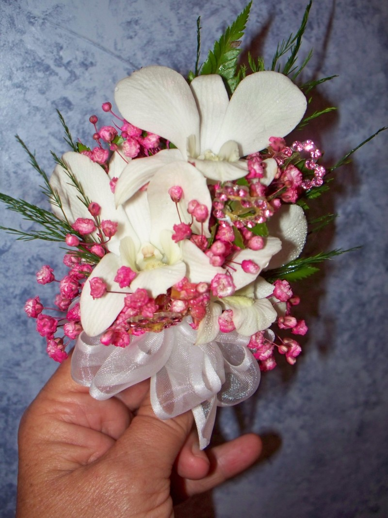 1341 WHITE/PINK ORCHID CORSAGE