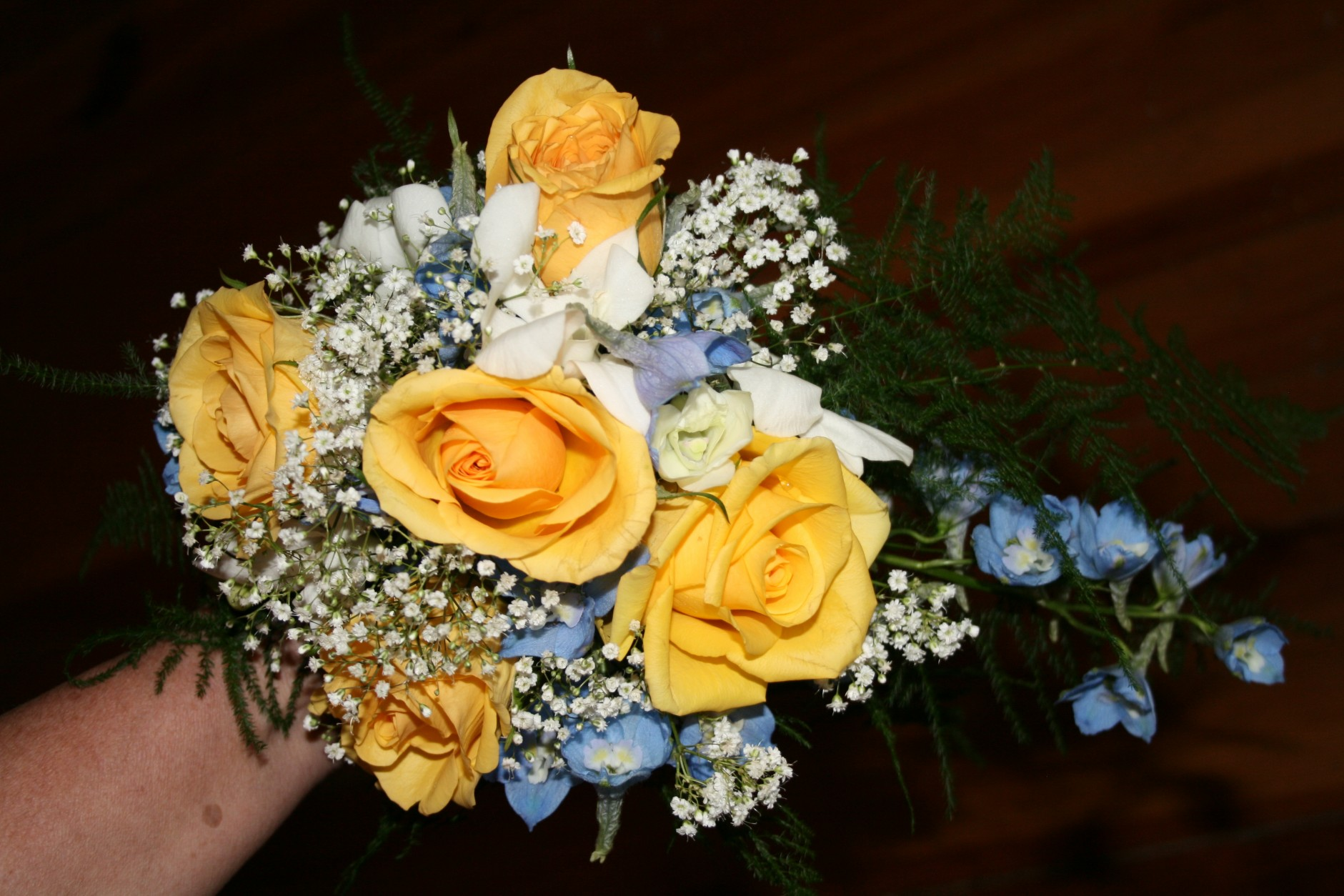 YELLOW ROSES, LT BLUE DELPHINIUM BOUQUET