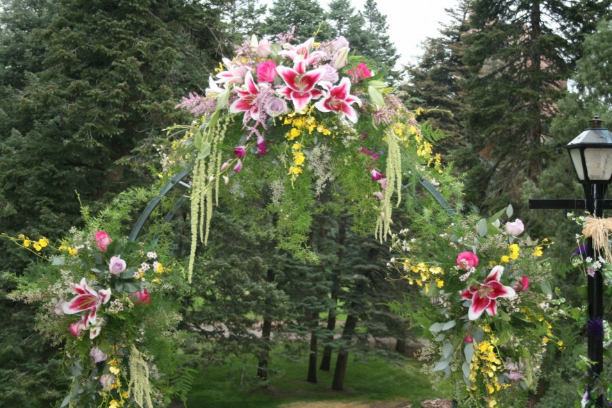 995 ARCHWAY FLOWERS
