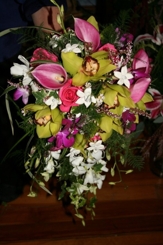 1319 GREEN CYMBIDIUM ORCHID BOUQUET