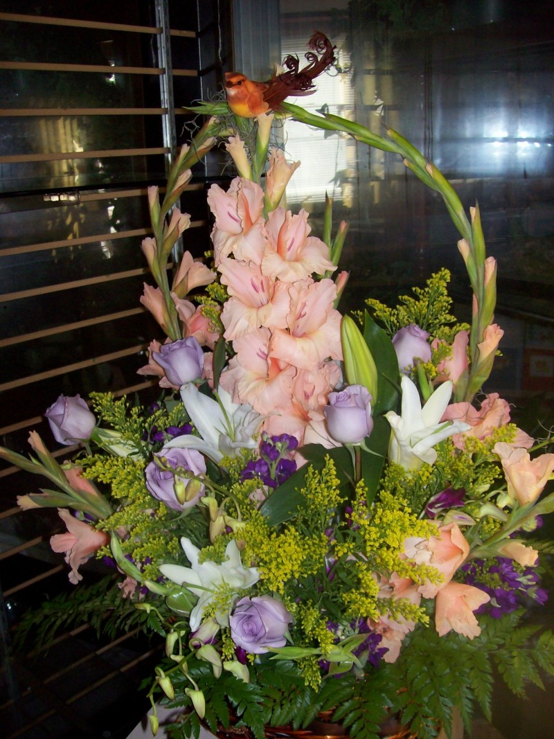 PEACH &#038; LAVENDER ARRANGEMENT