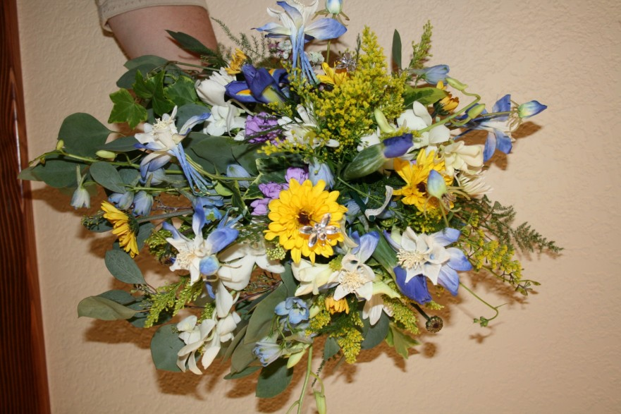 976 COUNTRY BOUQUET