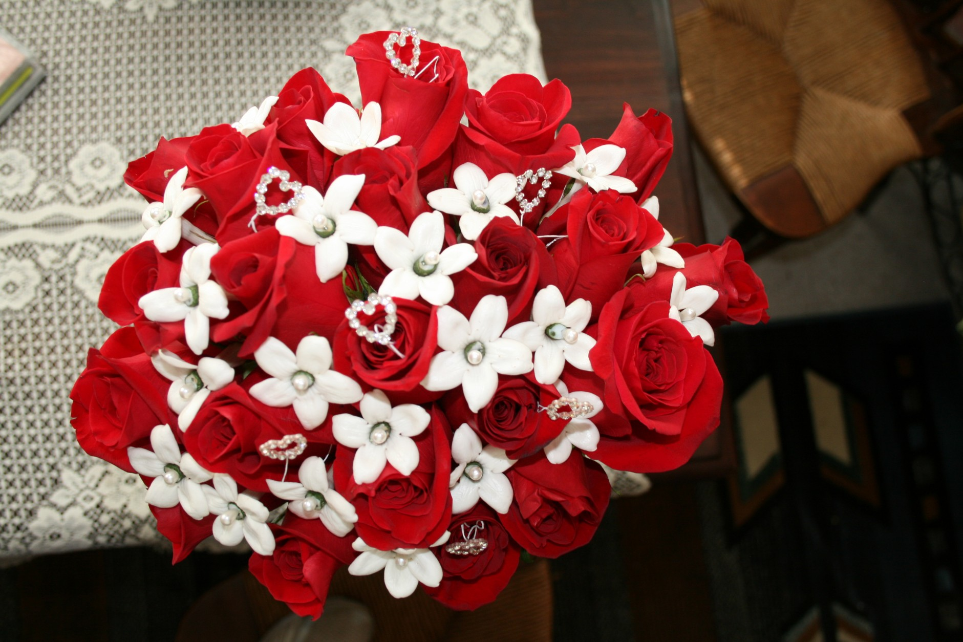 RED ROSE/WHITE STEPHANOTIS BOUQUET
