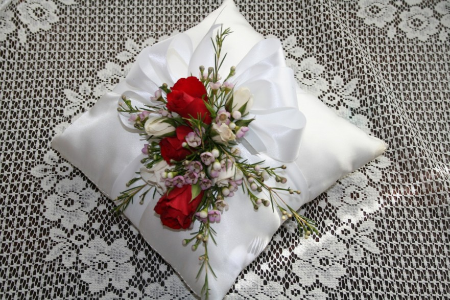 955 RING BEARER PILLOW