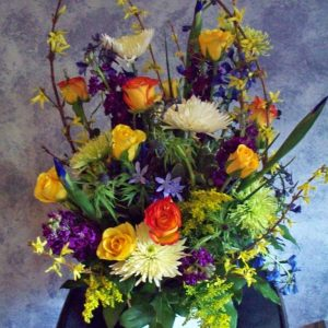 1598 SPRING TABLE ARRANGEMENT