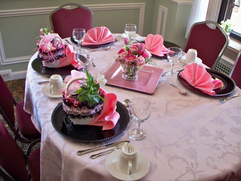 BRIDAL SHOWER FLOWERS IN PINKS