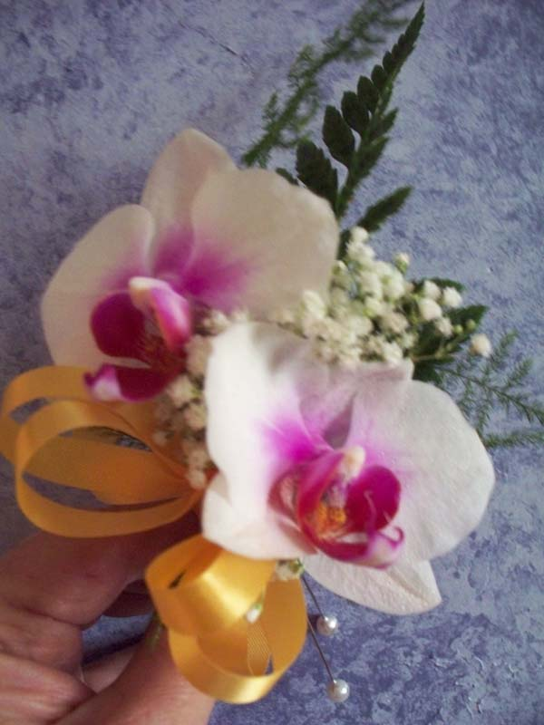 PINK PHALENOPSIS ORCHID CORSAGE